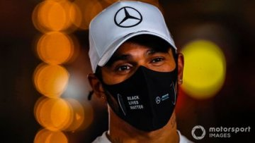 Lewis Hamilton finally extends Mercedes F1 contract