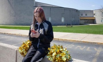 Supreme court sides with cheerleader punished by high school over Snapchat post – liv...